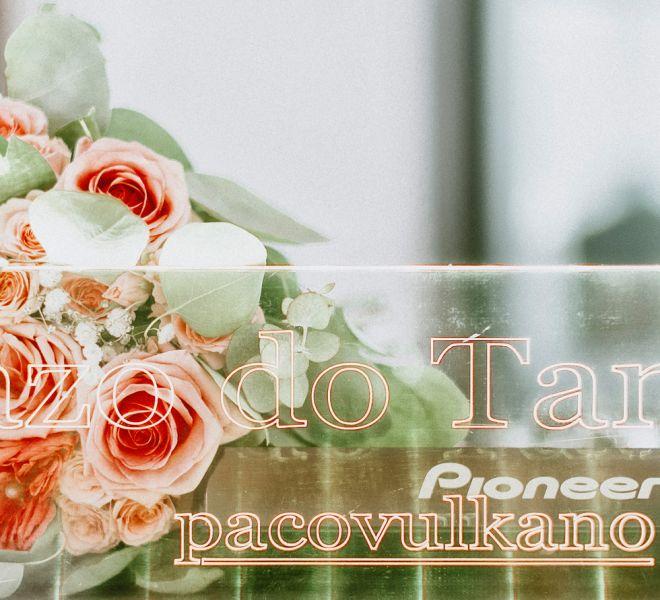 decoracion-floral-cabina-dj-bodas-en-pazo-do-tambre