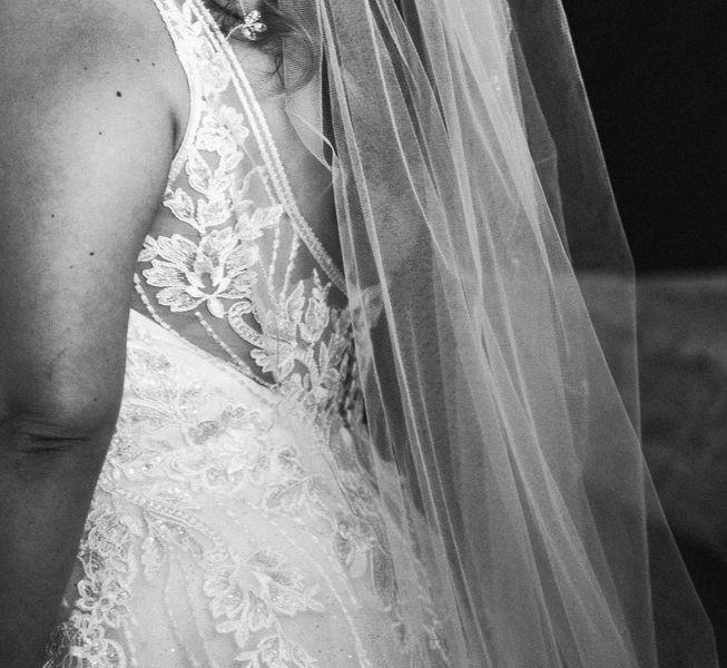 detalle-vestido-de-novia-boda-pazo-do-tambre