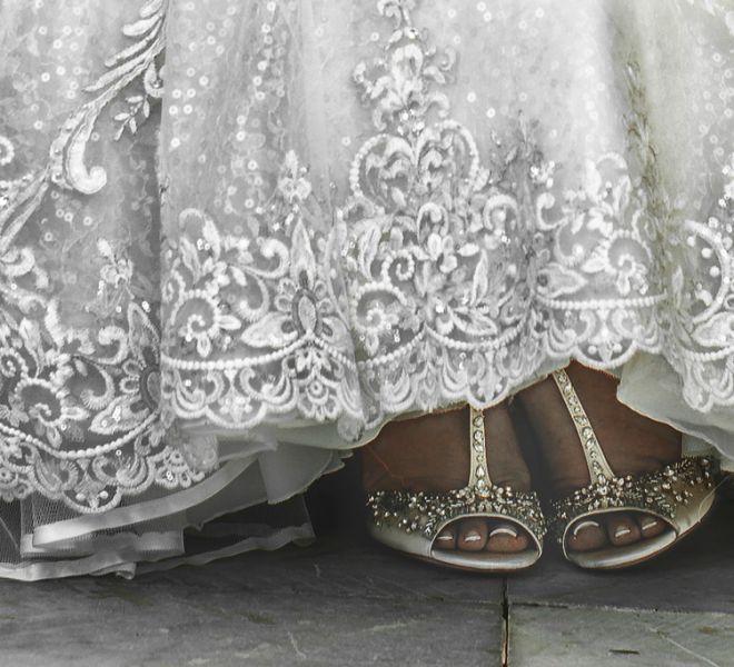detalle-zapatos-de-la-novia-boda-pazo-do-tambre