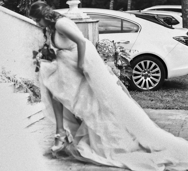 novia-esperando-para-hacer-su-entrada-pazo-do-tambre