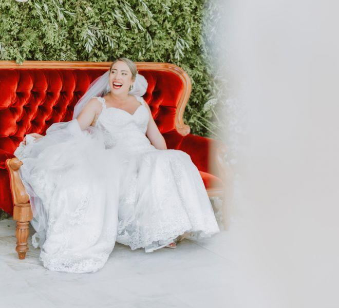 novias-felices-el-dia-de-su-boda-en-pazo-do-tambre