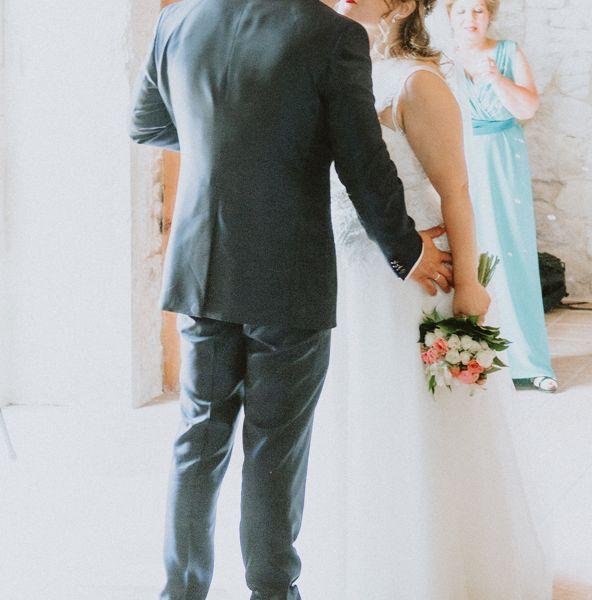 pareja-de-novios-boda-emotiva-pazo-do-tambre
