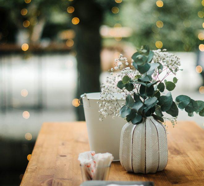 mesas-para-aperitivo-de-boda-en-jardines-de-pazo-do-tambre