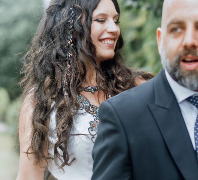 novias-sonrientes-el-dia-de-su-boda-en-pazo-do-tambre