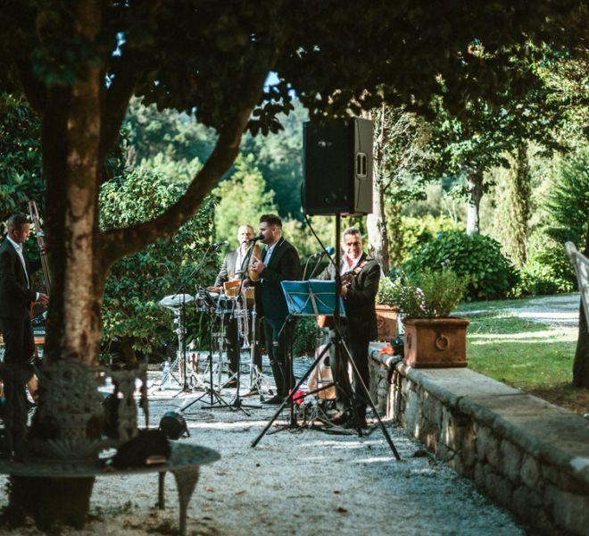 musica-en-directo-bodas-en-exterior-pazo-gallego-tambre