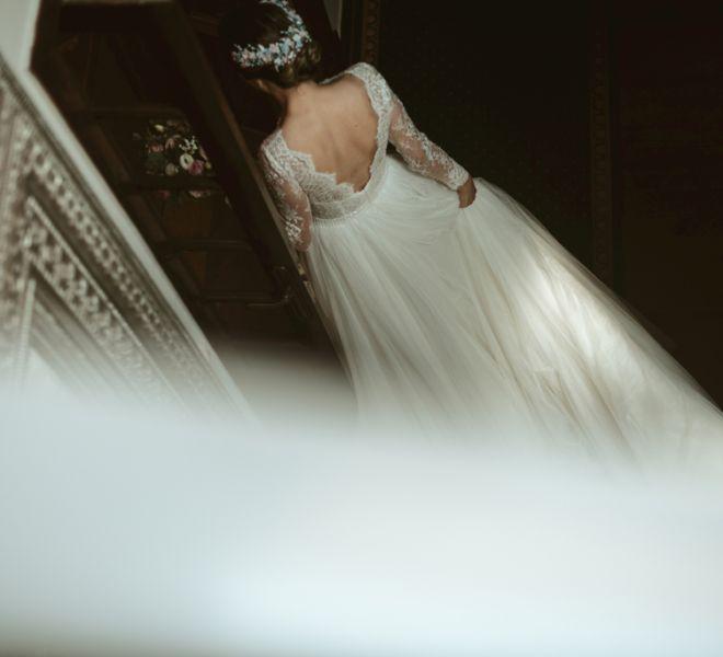 novia-con-vestido-en-pazo-gallego-tambre-cerca-de-santiago