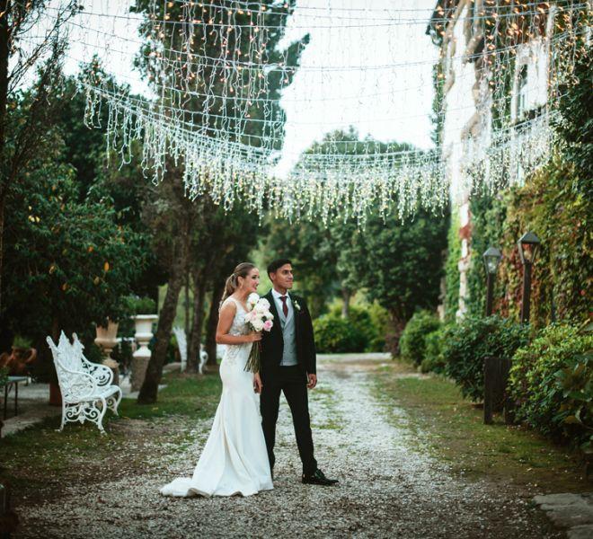 pareja-de-novios-jardines-pazo-do-tambre-bodas-naturaleza